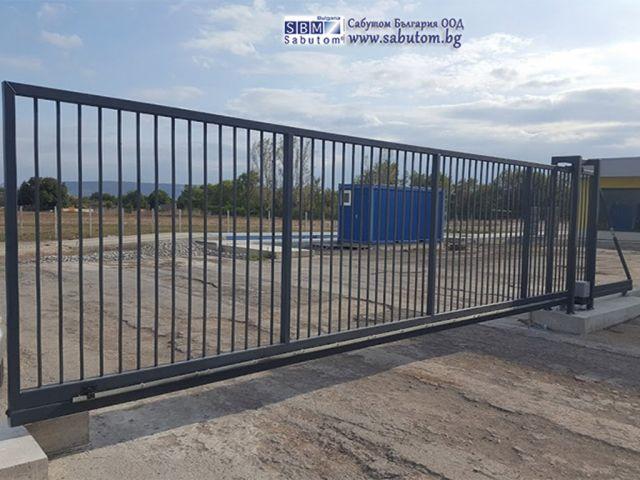 Cantilever Gates Cantilever Gates