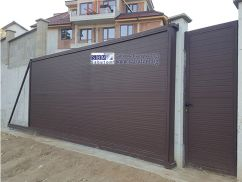 Cantilever sliding gate from thermopanel